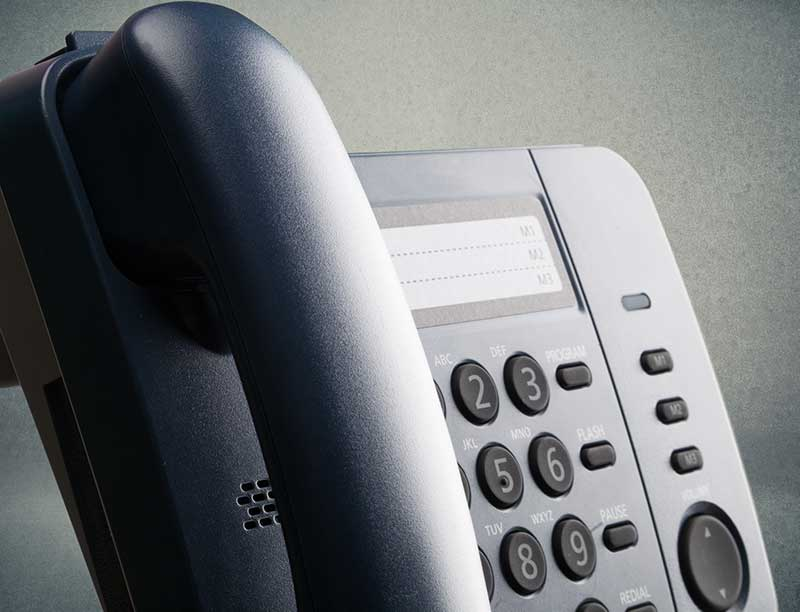 Traditional Telephony and Hosted VoIP Comparison